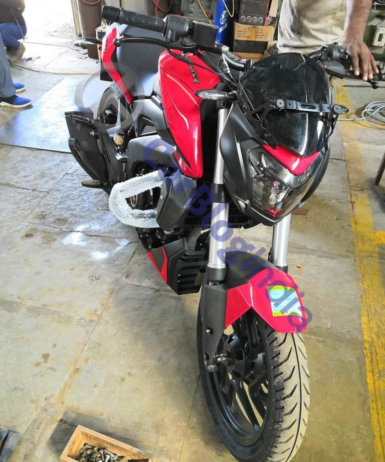 Bajaj Dominar 250 Spied In Red Colour; Launch This Month