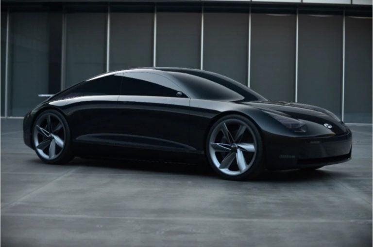 This Hyundai Concept EV Looks Strikingly Similar to a Porsche 911