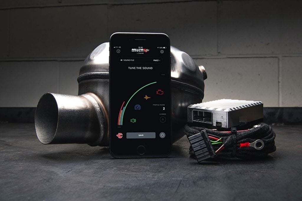 The system connects to the ECU of your car and can be controlled via a smartphone.
