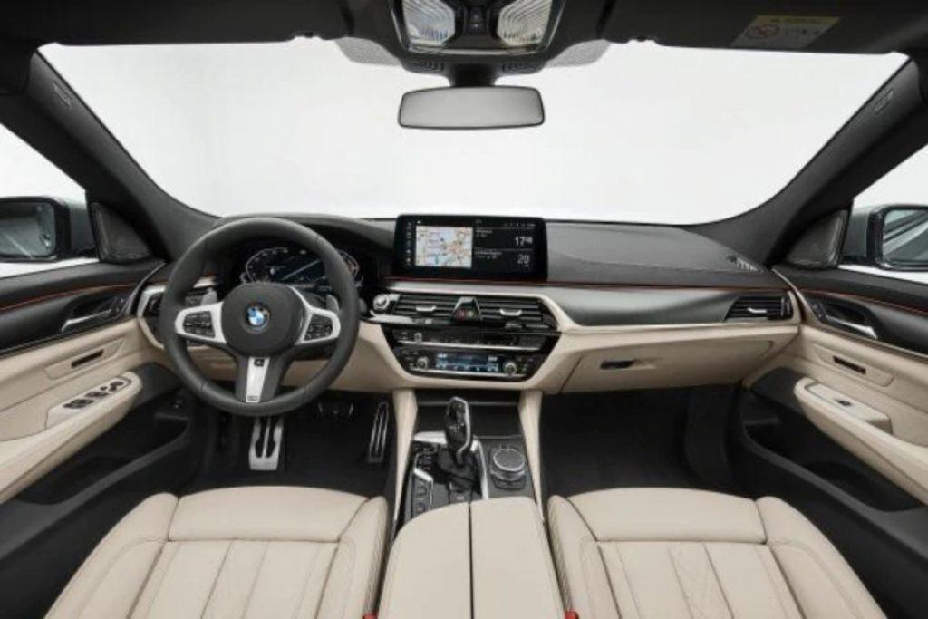 Ce sont les intérieurs du nouveau lifting des BMW Série 5 et Série 6 Gran Tourismo.