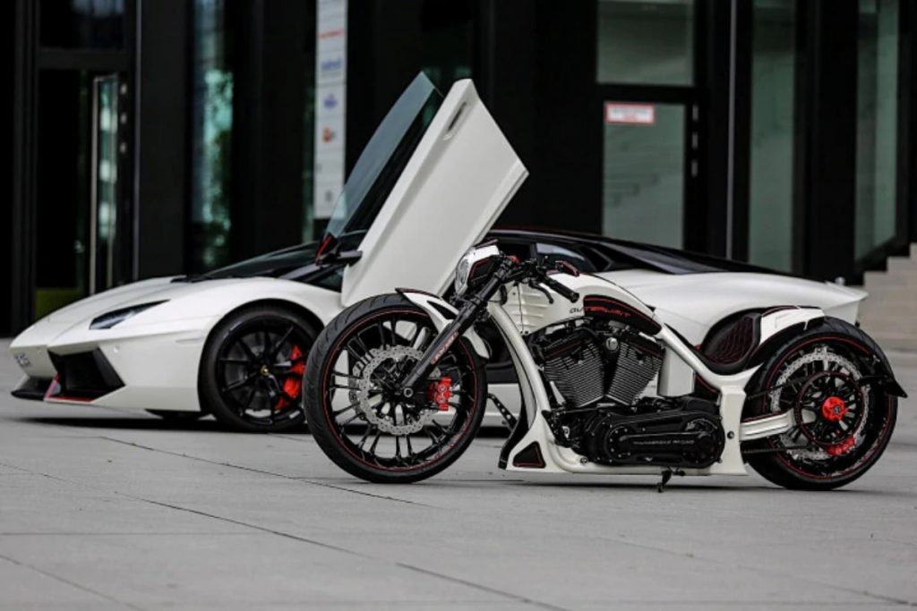 This Harley Davidson has been custom built to match the Lamborghini Aventador of the owner.