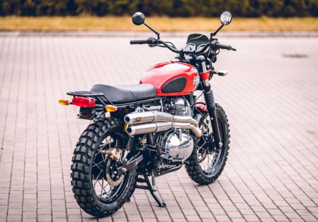 The modification job includes several aftermarket accessories along with genuine Royal Enfield accessories as well.