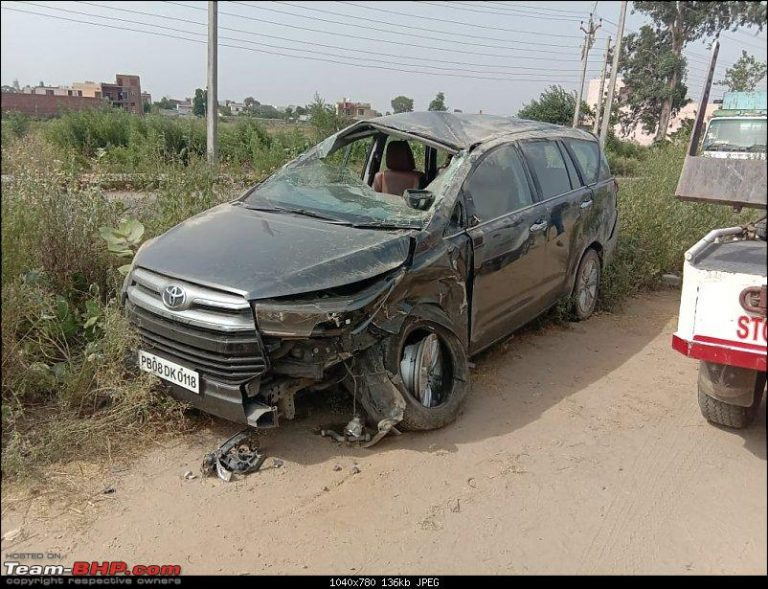 This Toyota Innova Rolled Over 3 Times; Sti Kept Passengers Including Children Safe