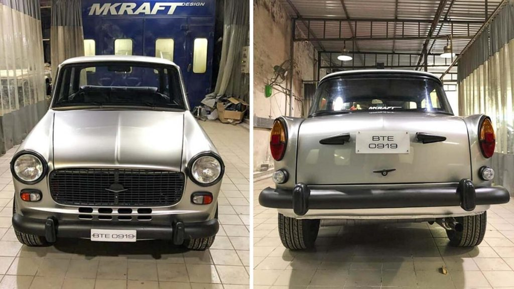 All body panels on this Premier Padmini are completely stock.