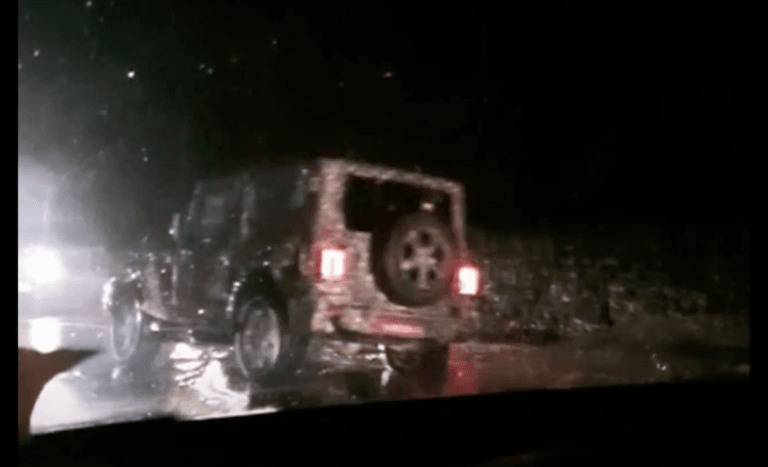 2020 Mahindra Thar Involved In An Accident; Damages Maruti Omni