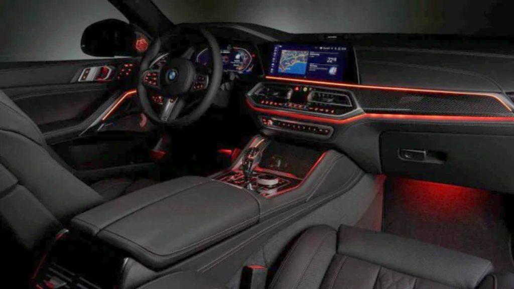 Intérieur BMW X6 2020.