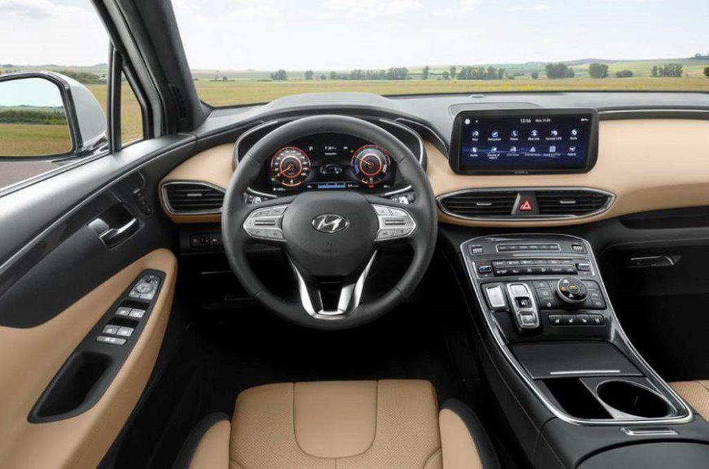 Intérieur de la Hyundai Santa Fe 2020.