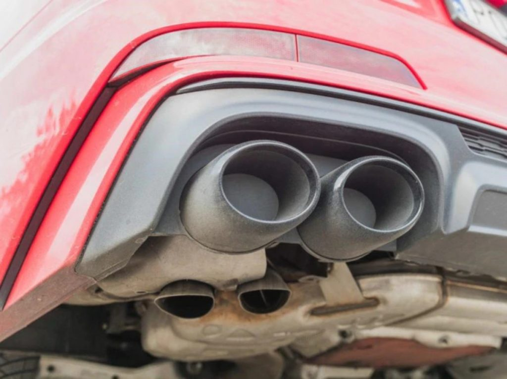 The reason and logic behind fake exhaust vents with the original ones just underneath them is still unclear to us.