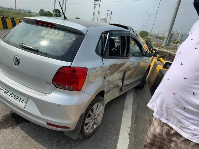 Volkswagen Polo Gets Hit By Mahindra Scorpio – See Shocking Results!