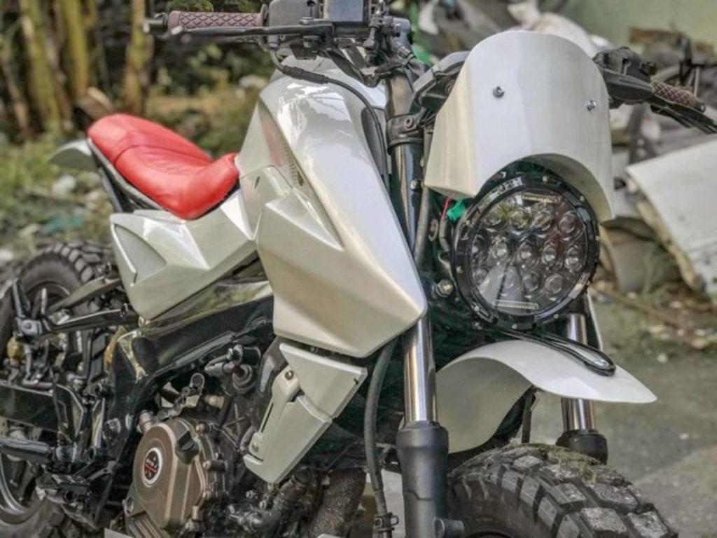 Le look brouilleur de cette moto est tout simplement magnifique.