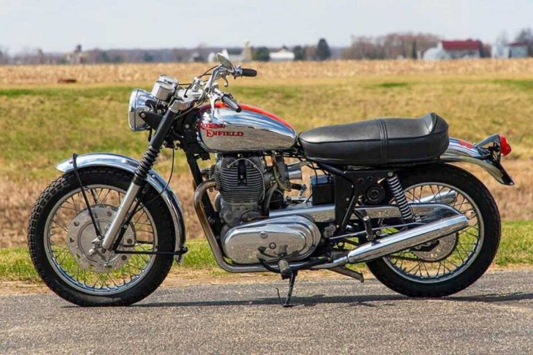 Take A Look At This Beautifully Restored Series 1A Royal Enfield Interceptor from 1968!