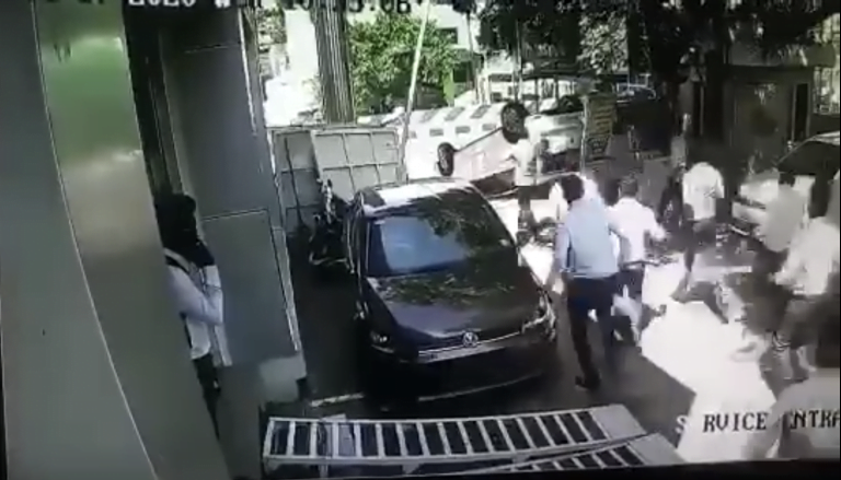 Guy Takes Delivery Of New Volkswagen Polo; Topples It Just Seconds After