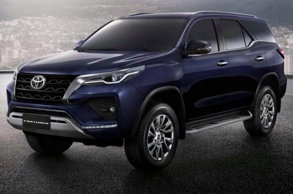 Voici votre premier aperçu du lifting Fortuner Toyota 2021.