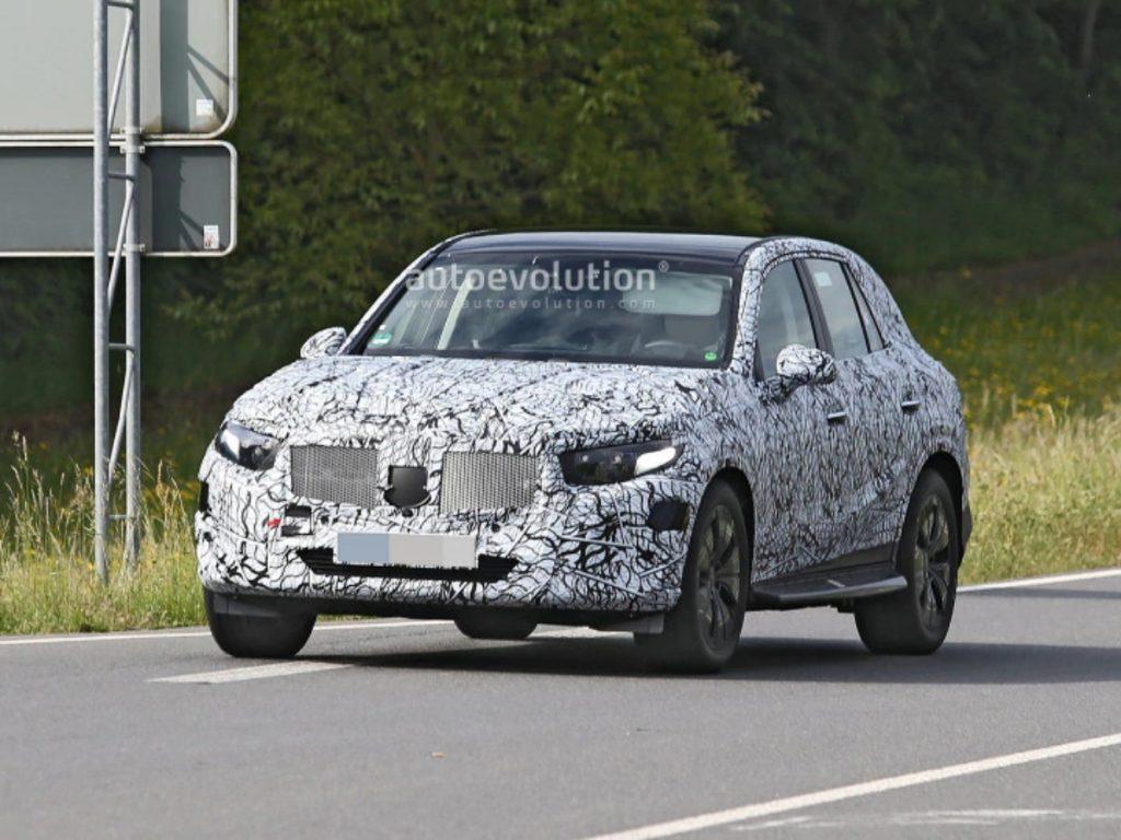 Ce sont les premiers clichés d'espionnage des tests d'espionnage Mercedes Benz GLC de nouvelle génération en Allemagne.