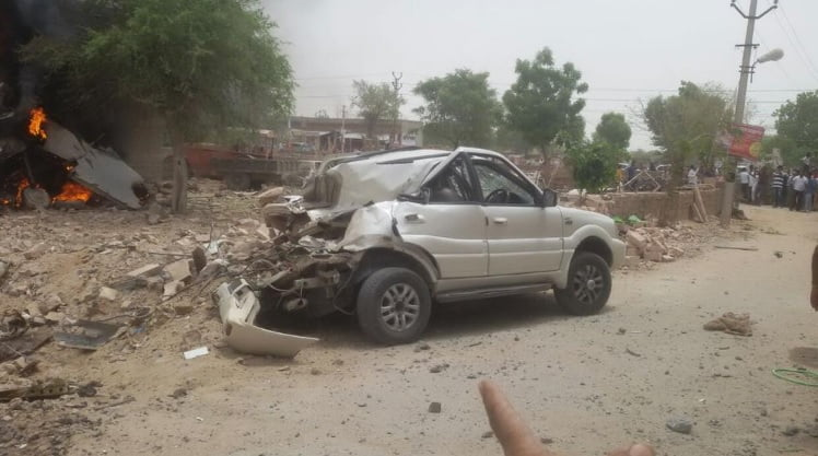 MiG 27 Fighter Plane Crashes Into A Tata Safari – Still Remains Intact