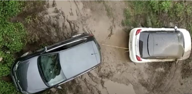 Maruti Baleno Vs Volkswagen Polo Tug Of War Challenge – Who's The Winner?