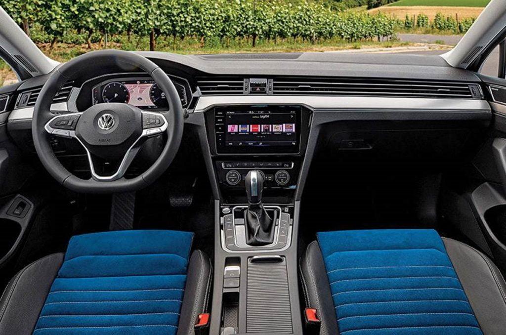 2020 Volkswagen Passat Facelift interiors.