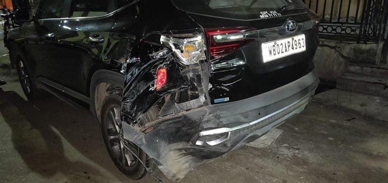 Kia Seltos Saves Lives Despite Crashing With An Ambulance And A Truck!