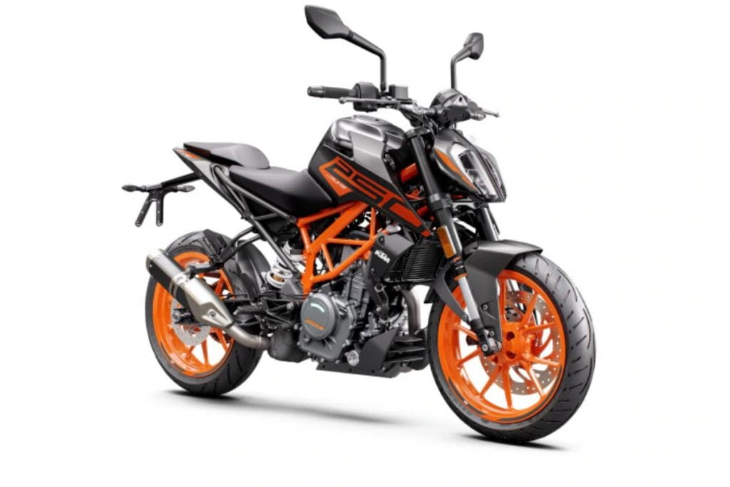 KTM ha updated the Duke 250 with LED headlights from the 390 and that comes at a slight hike in price as well.