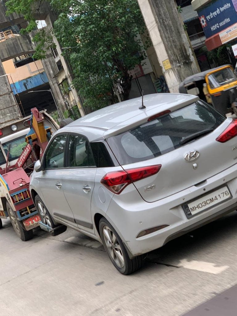 Hyundai i20 Gets Damaged By Mumbai Potholes; Gets A Huge Bill Of 40K!