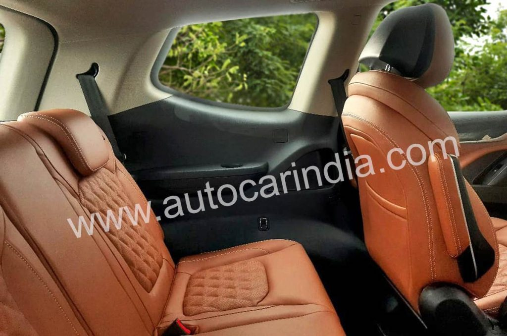 The third row on the interiors of the MG Golster gets a bench seat.
