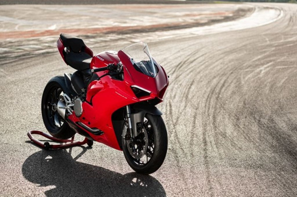 The Ducati Panigale V2 is powered by a 955cc L-Twin engine that produces 155PS and 104Nm of torque.