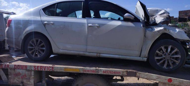 Skoda Octavia Crashes At 140 Km/Hr; Keeps All Passengers Completely Safe!