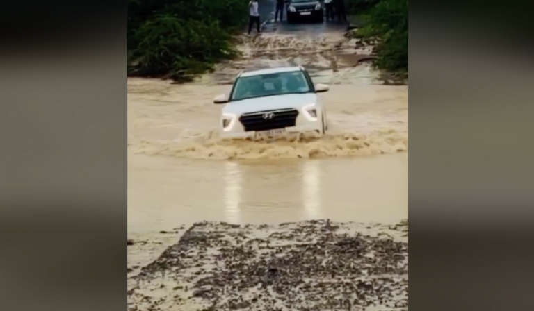 Check Out The New Hyundai Creta Off-Roading In High Water Level