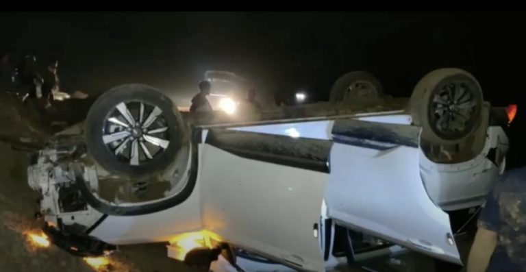 MG Hector Crashes And Turtles At 120 Km/Hr; All Passengers Walk Safe!