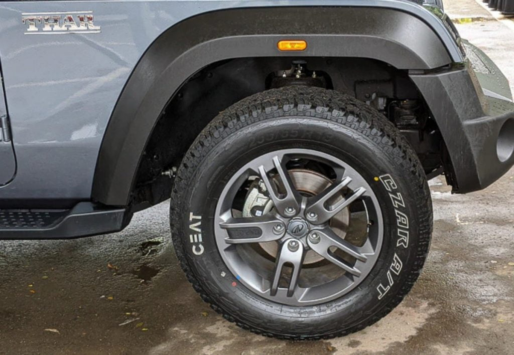 Mahindra Thar has ditched its old-school leaf spring suspension and adopts new multi-link suspension at the rear and independent double wishbone front suspension.