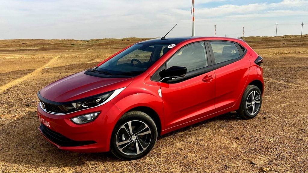 Tata pourrait annoncer les prix de l'Altroz Turbo en novembre même.  Il est destiné à affronter la nouvelle Hyundai i20.