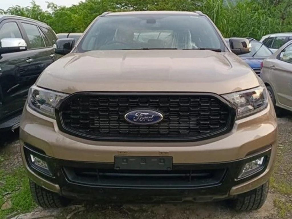 The Ford Endeavor Sport variant essentially gets a cosmetic makeover over the standard SUV