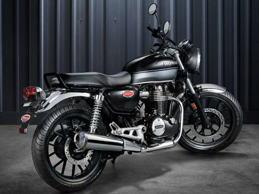 There are clearly design influences from the Honda Cb350 from the 1970s and the stunning CB1100 EX.