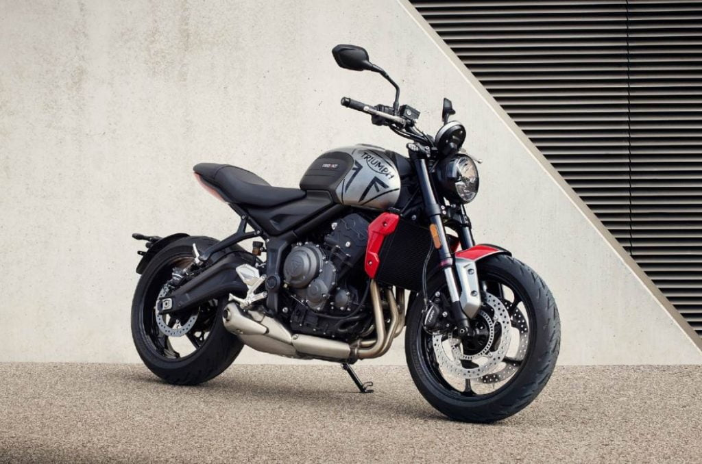 Triumph dealers have already started accepting bookings for the Trident for a token amount of Rs 50,000.