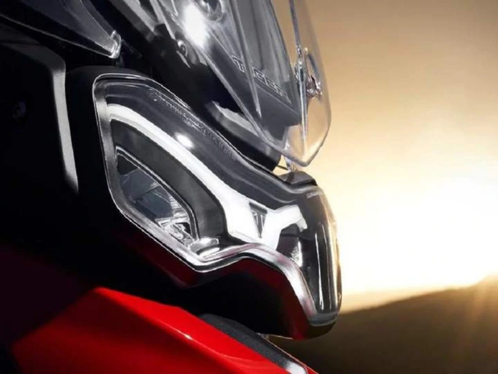 It is based on the Tiger 900 platform and is expected to use the same engine but will be purely road-biased sports tourer.