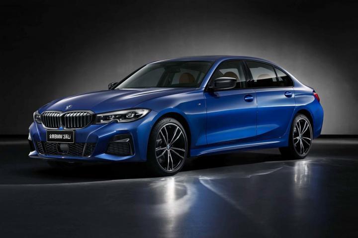 BMW Registers 31% Decline In Y-o-Y Sales!