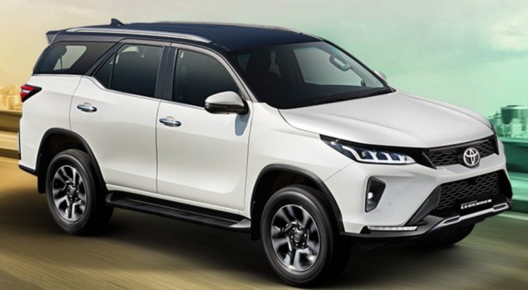 2021 Facelifted Toyota Fortuner Receives 5,000 Bookings In 1 Month – 7 Bookings Every Hour!
