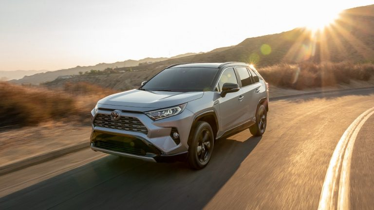 Toyota RAV4 Spotted Testing In India; Likely Launch By Mid-2021 – Expected Prices, Engines And Features!