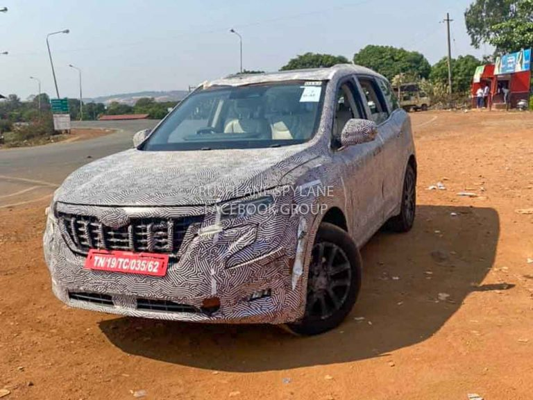 2021 Mahindra XUV500 Diesel AT Spied Testing – Expected Launch Soon!