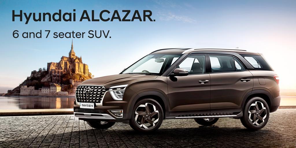 Hyundai Alcazar vs Toyota Innova Crysta specs comaprison