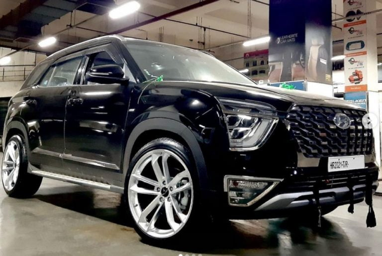 First-Ever Hyundai Alcazar With Aftermarket 20-inch Rims – THIS IS IT!