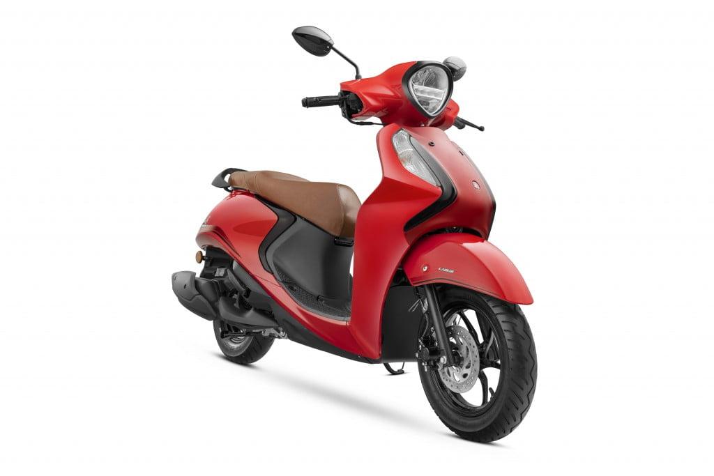 Yamaha Fascino 125 Hybrid Red Colour