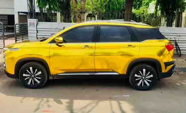 mg hector gold wrap images side profile