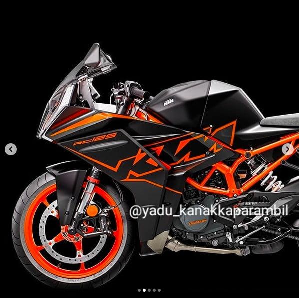 new 2022 ktm rc125 images side profile
