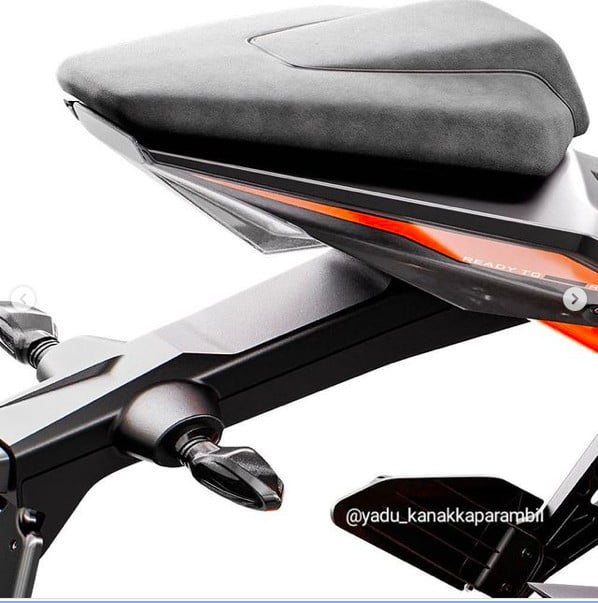 new 2022 ktm rc200 images rear seat