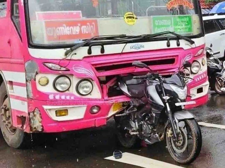 Bajaj Pulsar NS200 Tests The Build Quality of A Bus